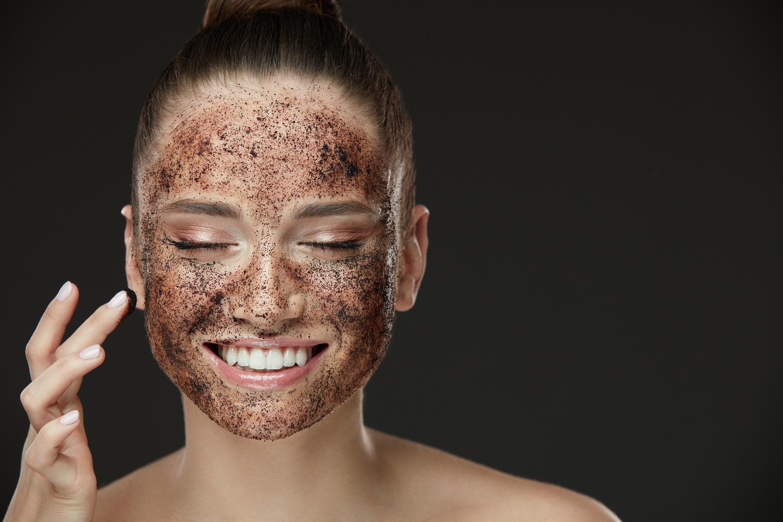 Resultado de imagen para propiedades del cafe en el rostro