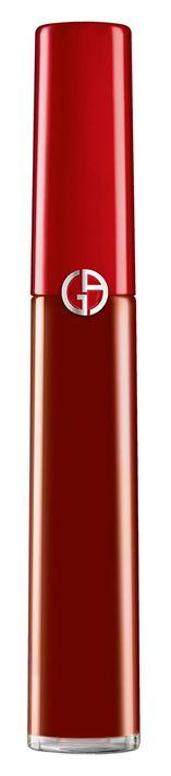 """Pigmento terciopelo - Rojo es mi color de labios preferido. El No. 400 - """"The Red""""- de la colección Lip Maestro Drama de Giorgio Armani, tiene la tecnología cromática """"retroluminada"""" en un gel con fórmula suave y de larga duración. (Larissa Vázquez Zapata)"""