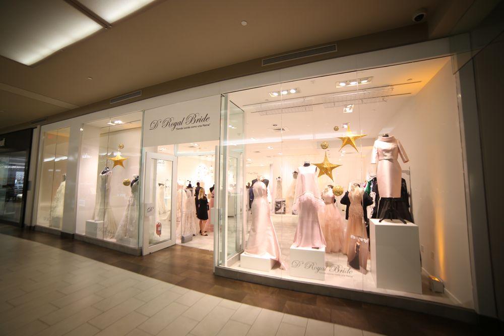 La nueva tienda se encuentra en el segundo nivel de Plaza las AMéricas, en el pasillo de Macy's y se atiende solo por cita. Foto: José R. Pérez Centeno.