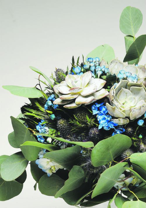 Ramo de flores para la novia de Akua. (andre.kang@gfrmedia.com)
