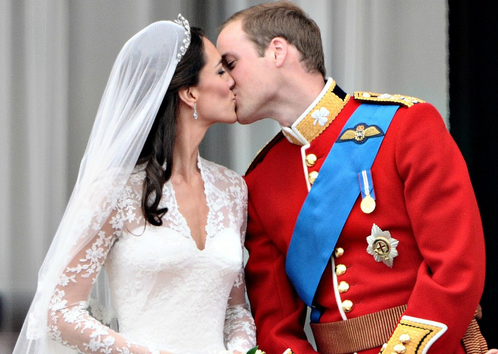 La historia continúo con el príncipe William y Kate Middleton (2011). (Foto: AP)