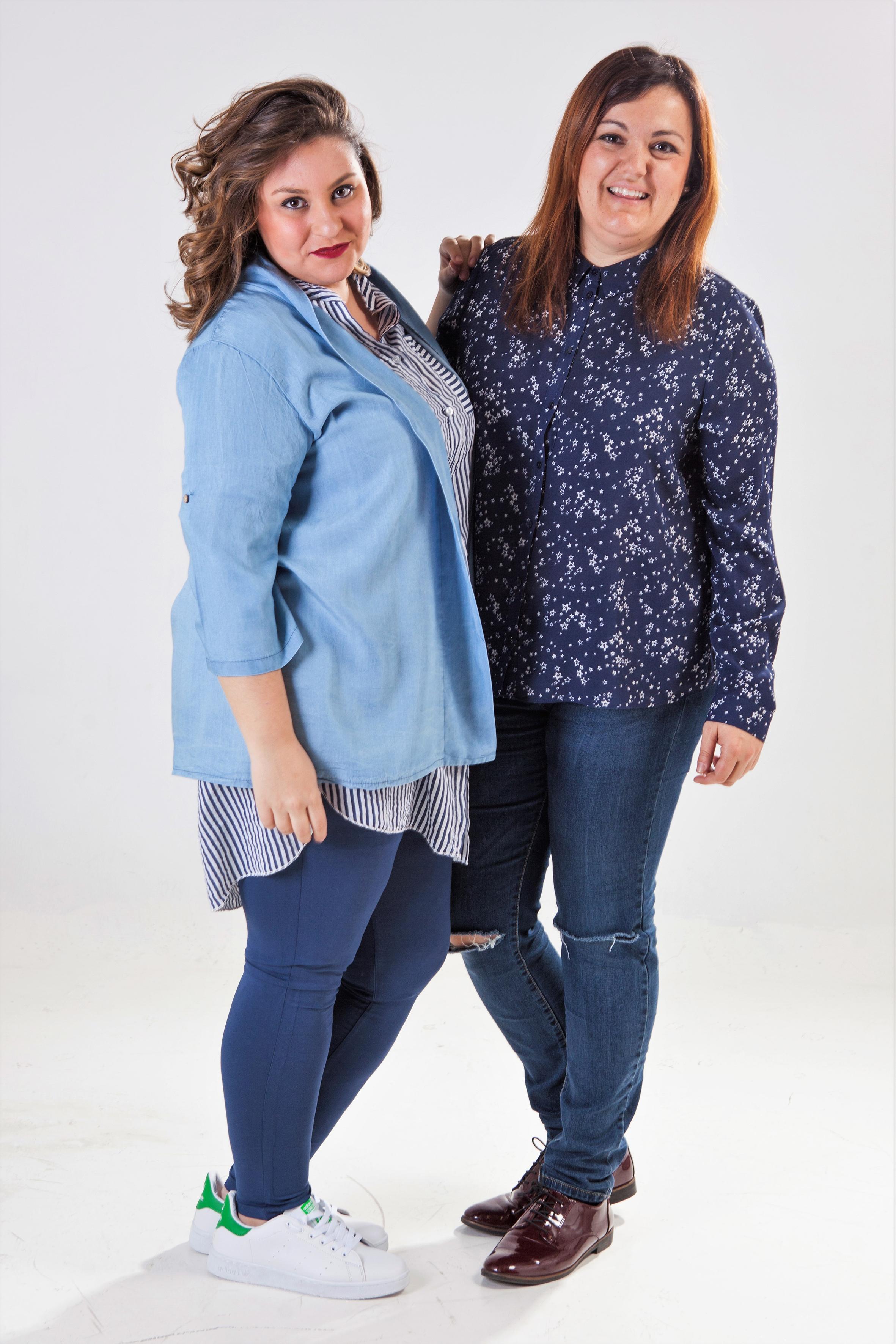 Patricia Porta, duela de la tienda Corazón XL, posa junto a la modelo Judith. EFE