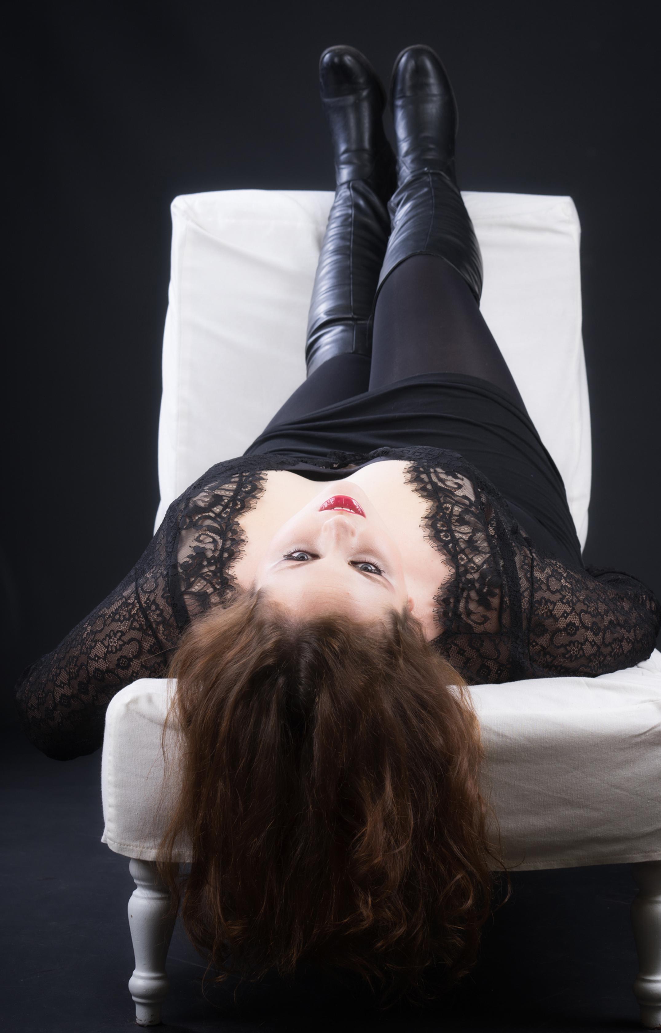 Mujeres XL, como Mari Paz Muñoz, impulsan sus carreras como modelos en plataformas como Instagram o Facebook.