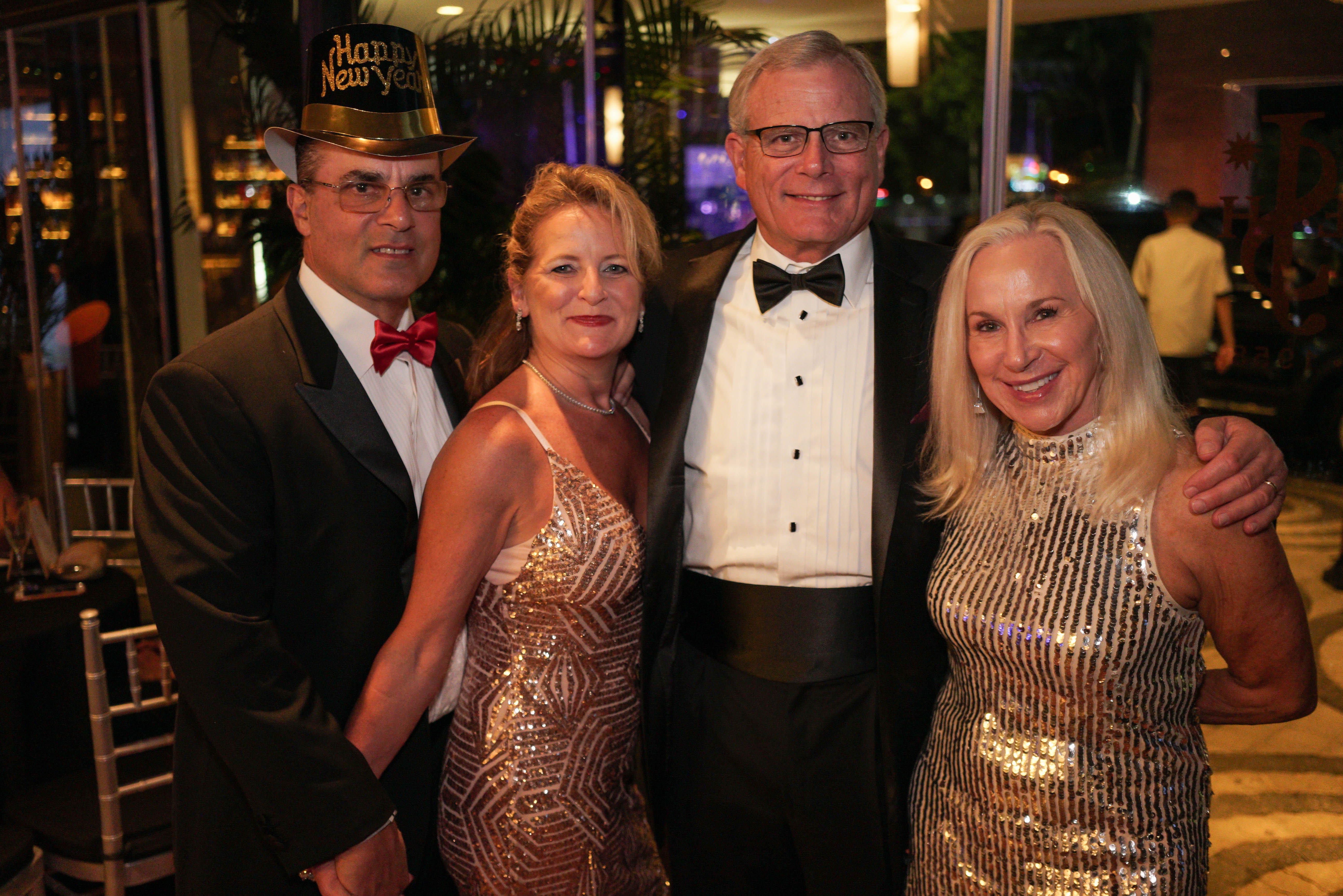 Frank Maiolo, Anna Maiolo, Mark Elsinger y Susan Elsinger. (Suministrada)