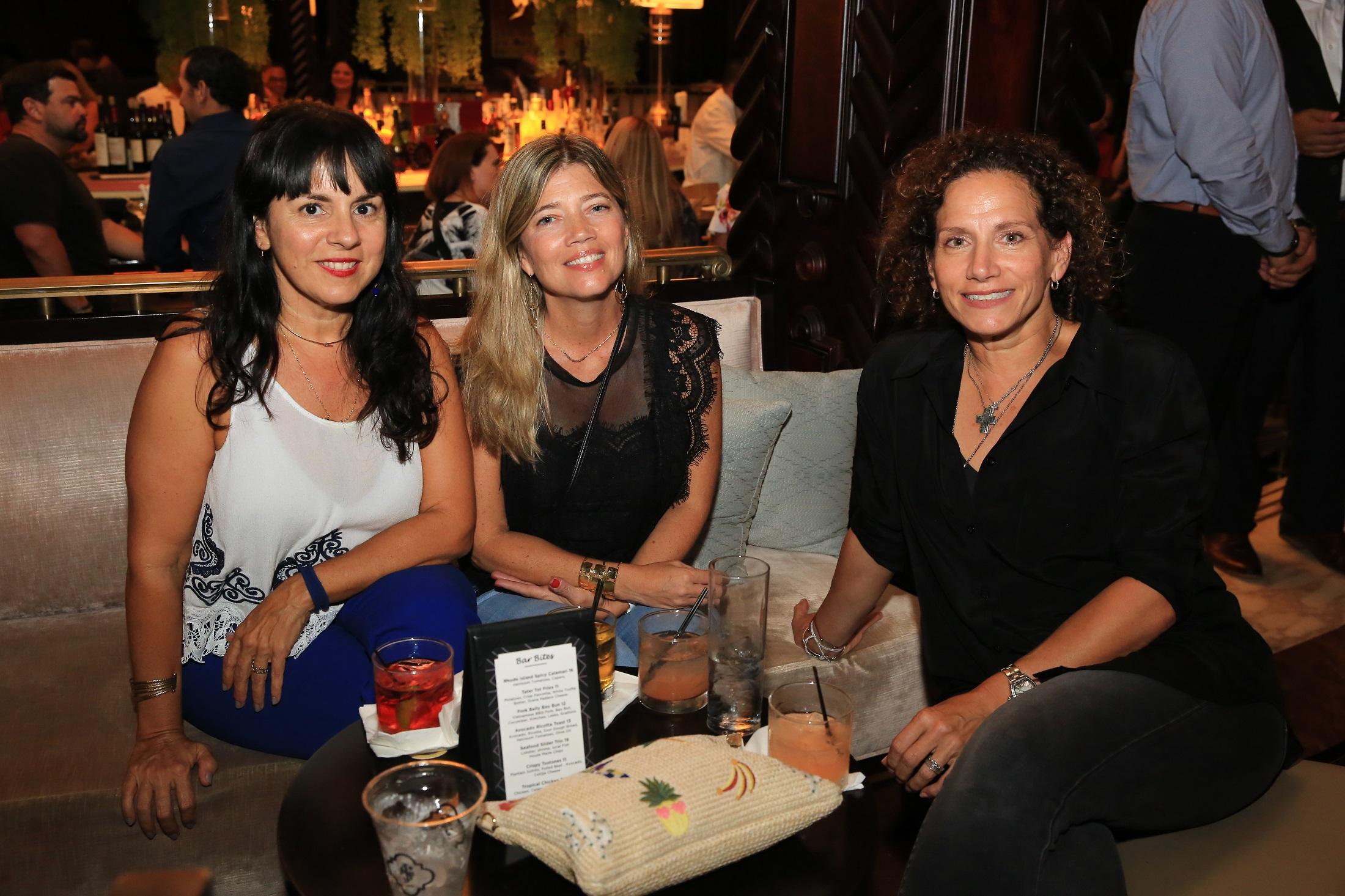 Rosalyn Gaztambide, Yari Brown y Maria Jaunarena. (Suministrada)