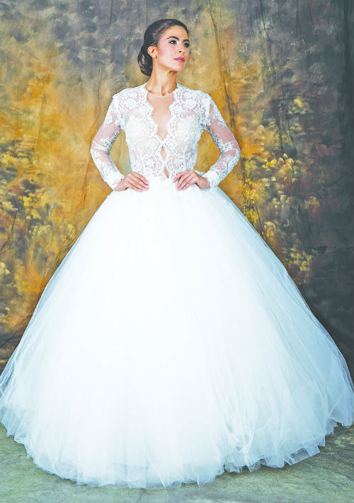 Vestido clásico de Novias Otilio Santiago. Presupuesto: $5,000+ (Suministrada)