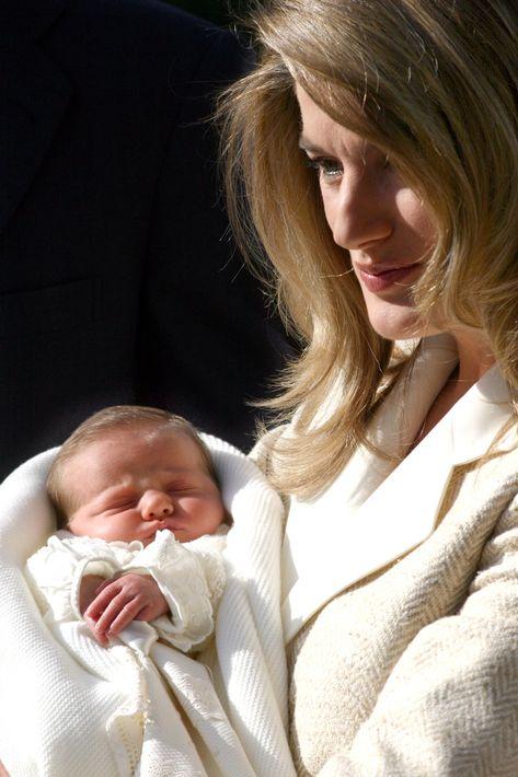 Leonor nació el 31 de octubre de 2005 y fue presentada a la prensa el 8 de noviembre, en el Hospital Ruber de Madrid. (Foto: EFE)