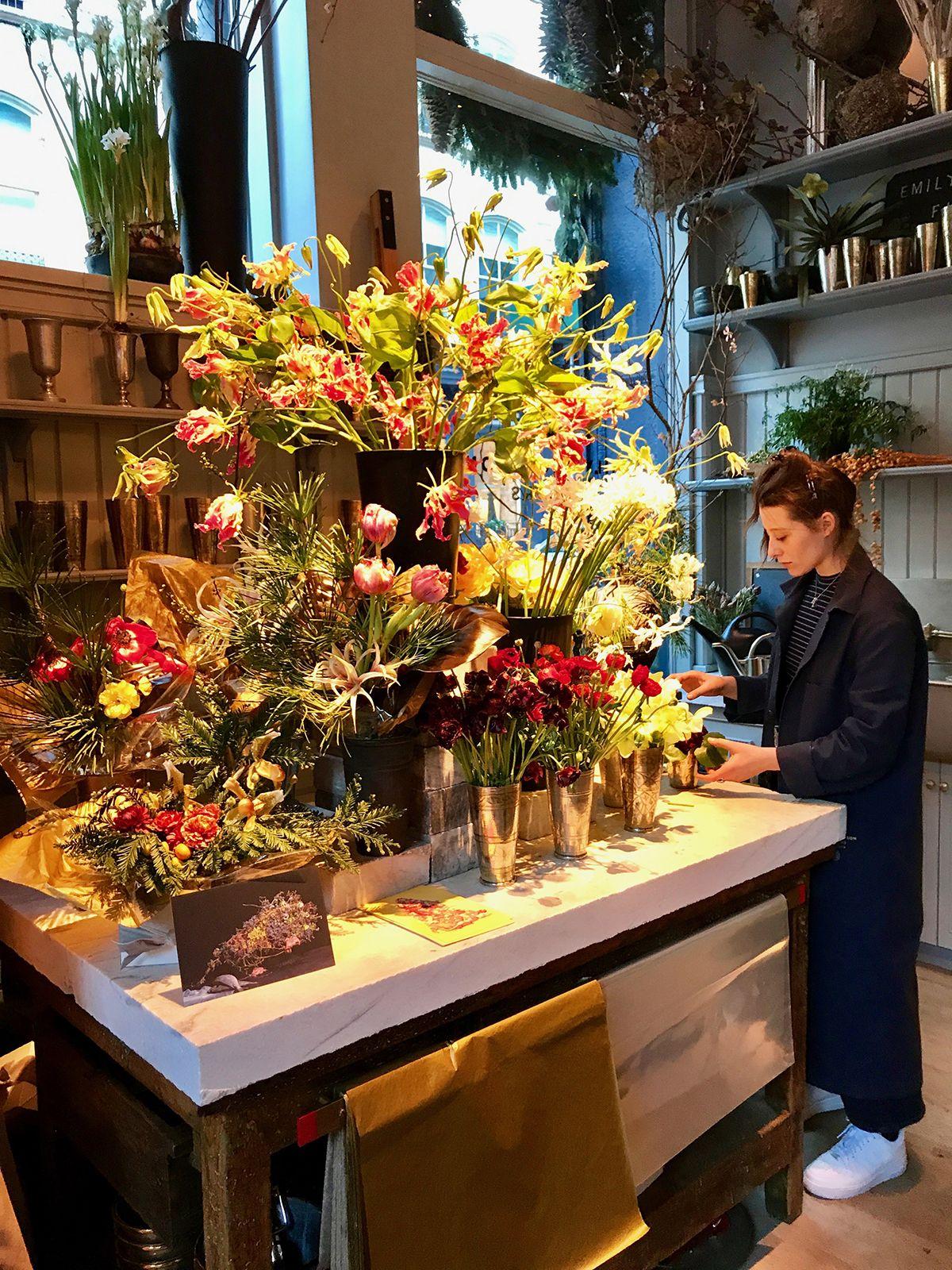 RW Guild, de Roman and Williams, es el  fascinante espacio que debes conocer en Soho, Nueva York. Parte tienda de decoración, restaurante, floristería, librería... ¡Increíblemente bello! 53 Howard Street, Soho.