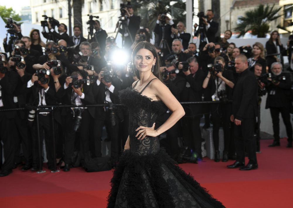 Penélope Cruz causó sensación con un vestido de Chanel. (AP)