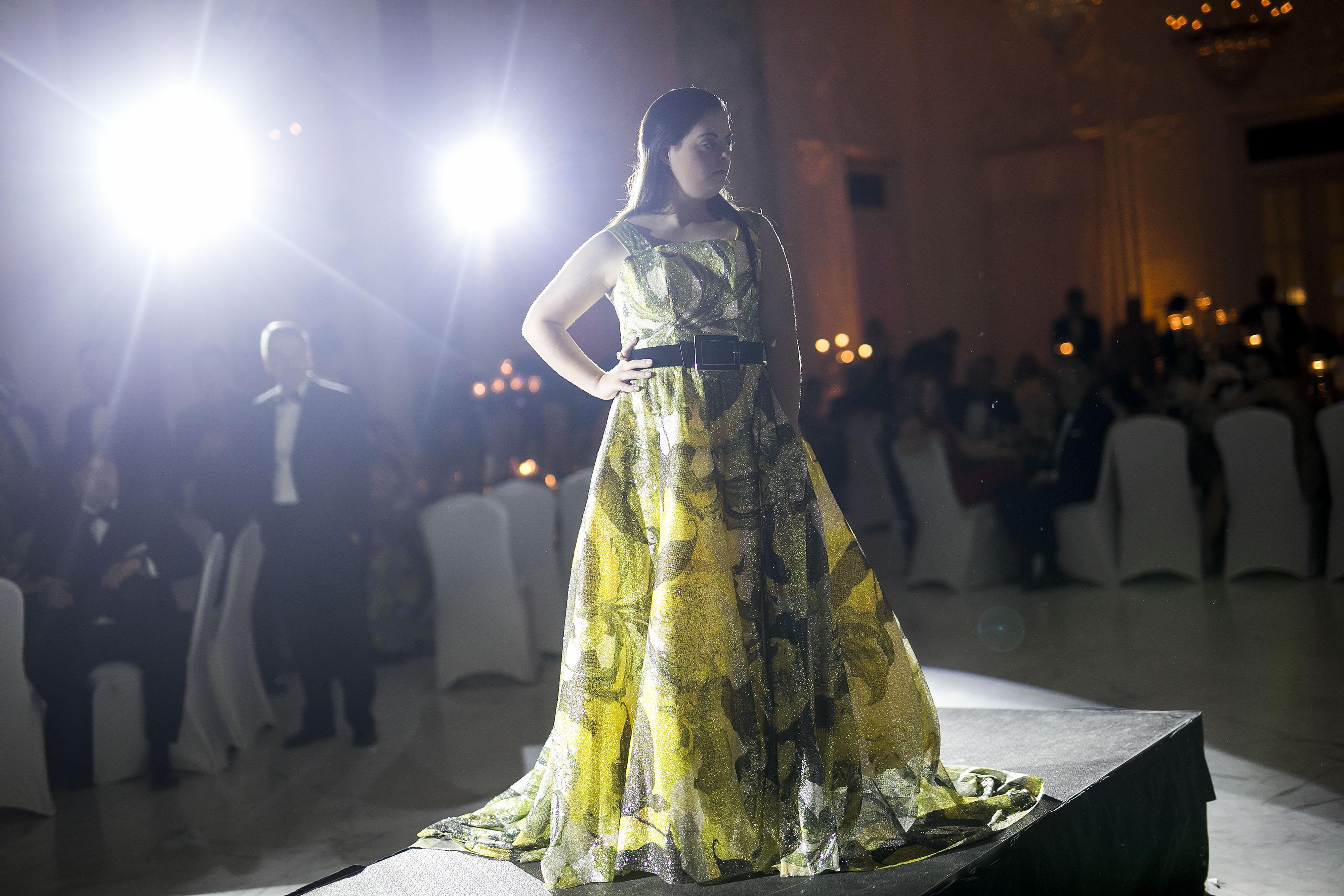 La modelo Dalila Zapata, a quien se le dedicó esta edición de San Juan Moda. Foto Xavier García.