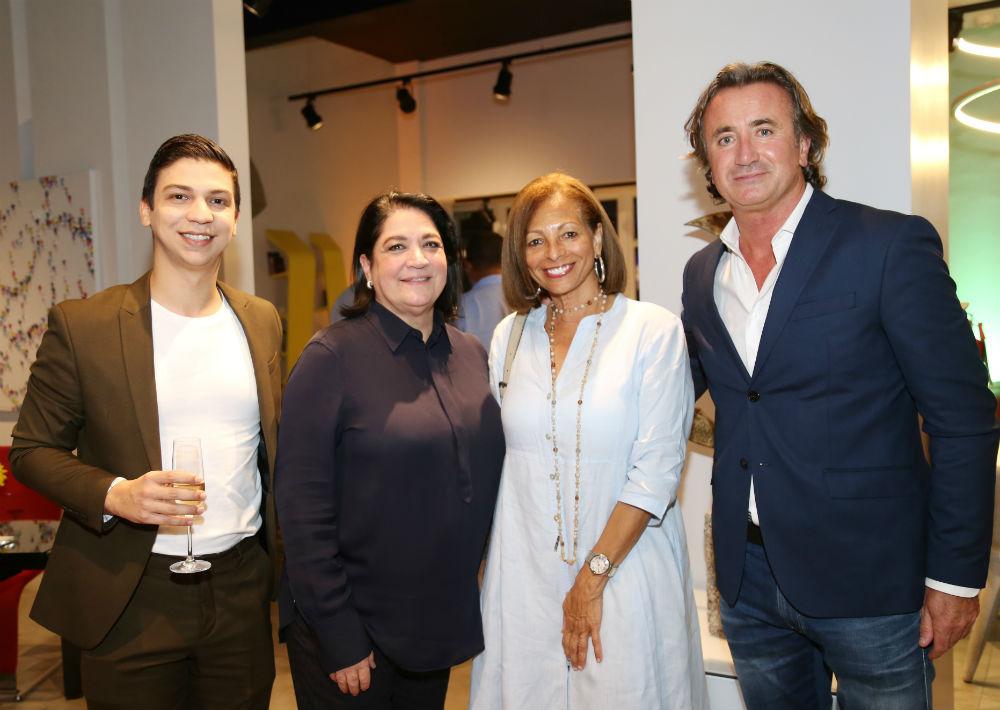 Ángel Cordero, Blanca Ortiz, Margaret Peña y Didier Lorence.