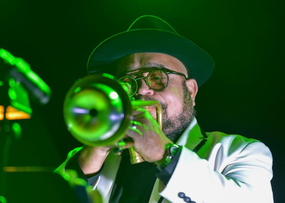 Los invitados disfrutaron del talento del trompetista Charlie Sepúlveda. (Suministrada)
