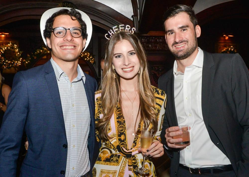 Luis Freyre, Katerina Freyre y Alberto Español. (Suministrada)
