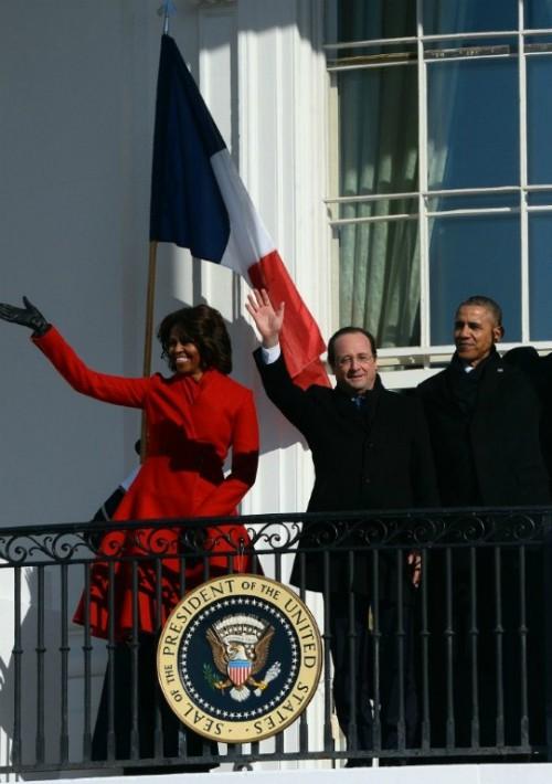 La ex primera dama siempre se ha distinguido por su buen gusto a la hora de vestir, aquí, con un conjunto de Carolina Herrera durante el recibimiento del presidente de Francia, Francois Hollande, a la Casa Blanca en febrero de 2014.