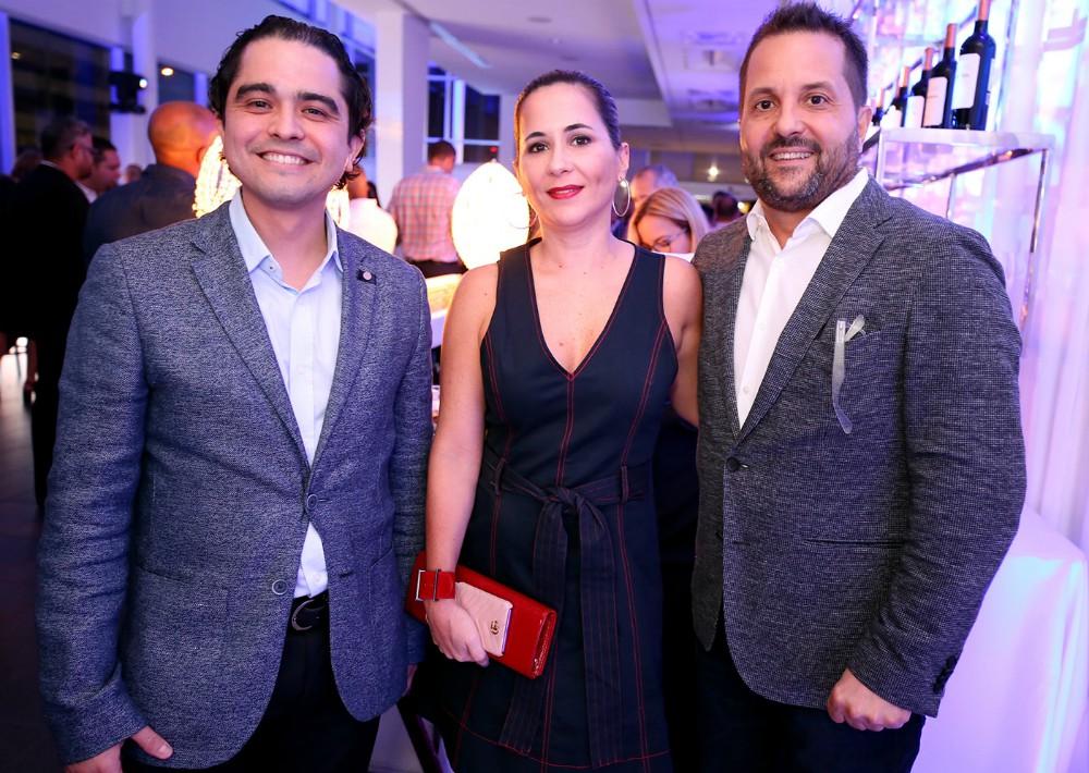 Miguel Cruz, Mariela Rivé y Ronald Rivera. (José R. Pérez Centeno)