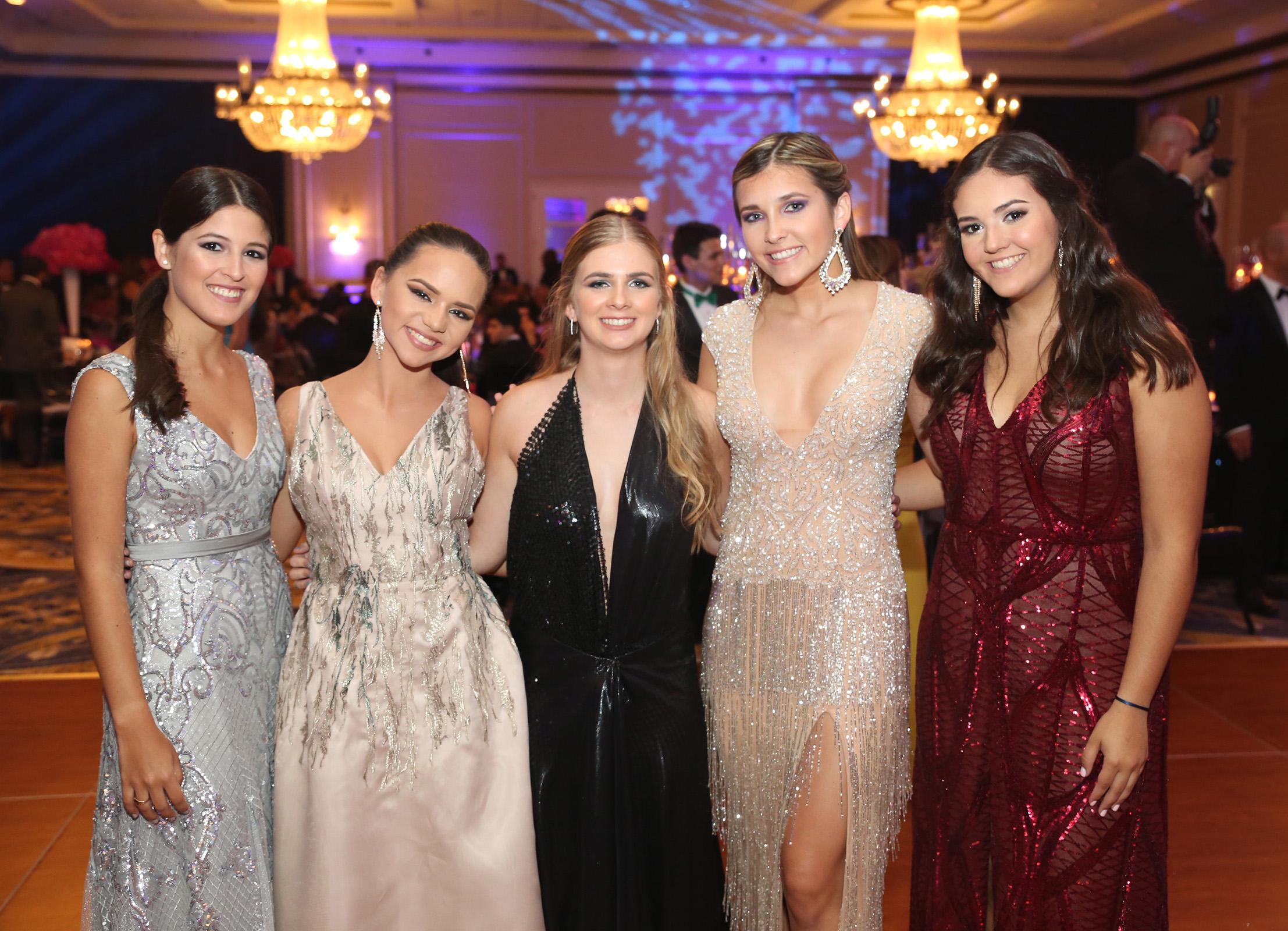 Isabel Mirandés, Valeria Ferré, Tatiana Rodríguez, Camilla Covas y Bibiana Díaz. (José R. Pérez Centeno)