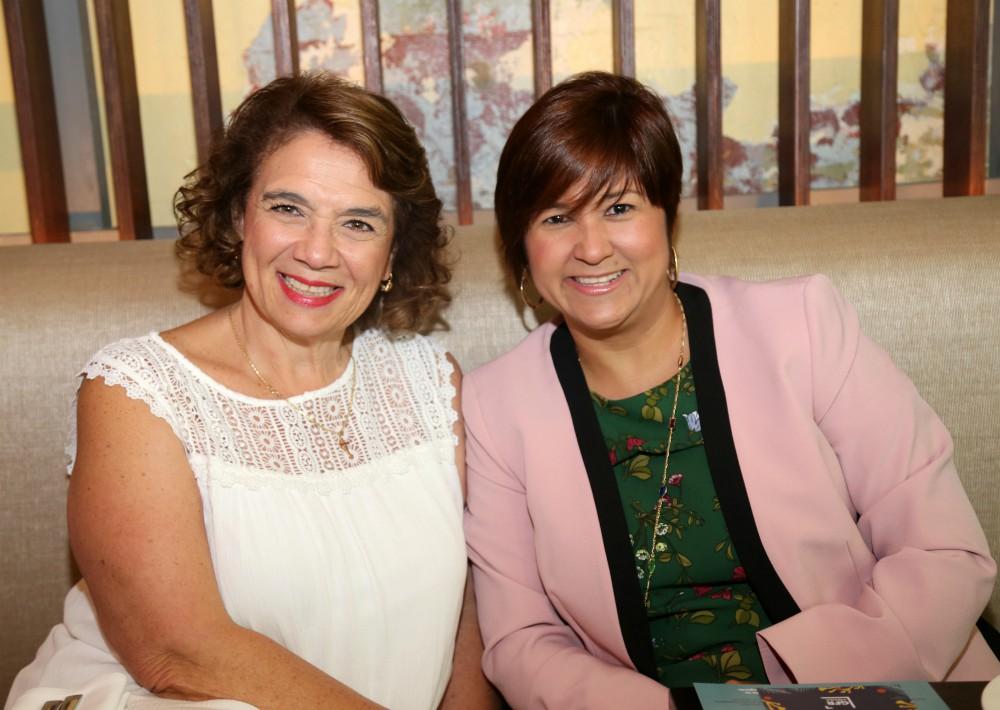 Marina Puello y Vanessa Negron. (Nichole Saldarriaga)