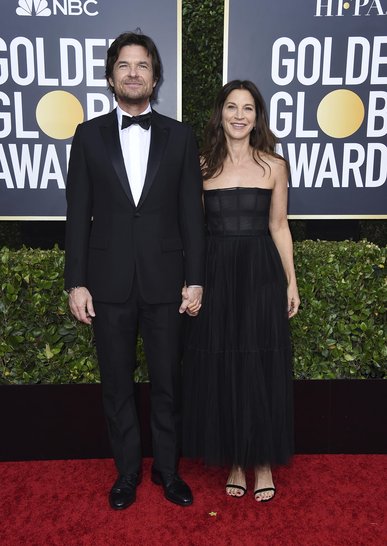 Jason Bateman y Amanda Anka. (AP)