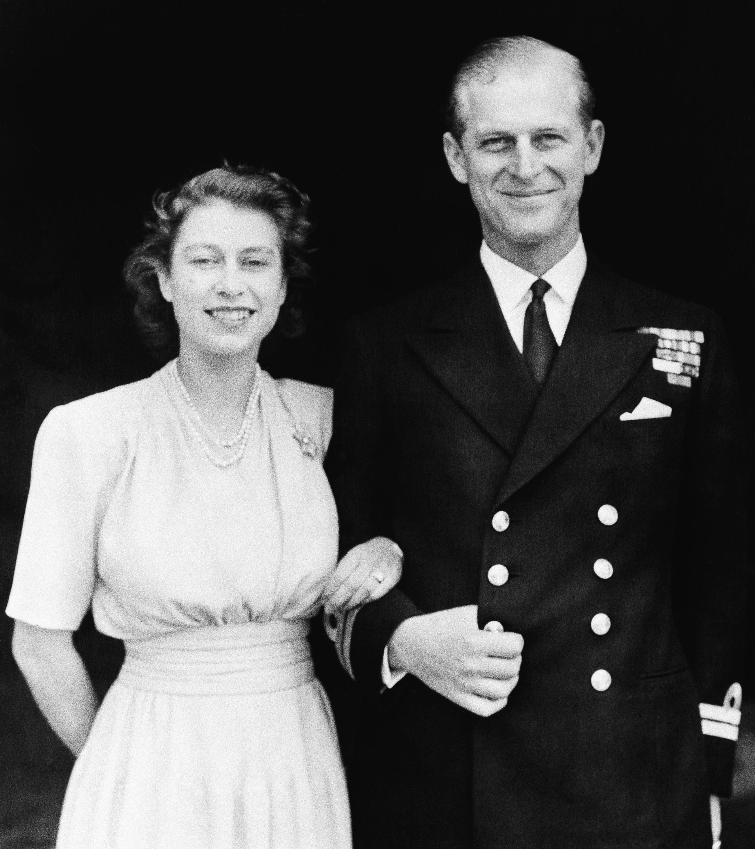 El 10 de julio de 1947 se anunció el compromiso con la entonces princesa Elizabeth. (AP)