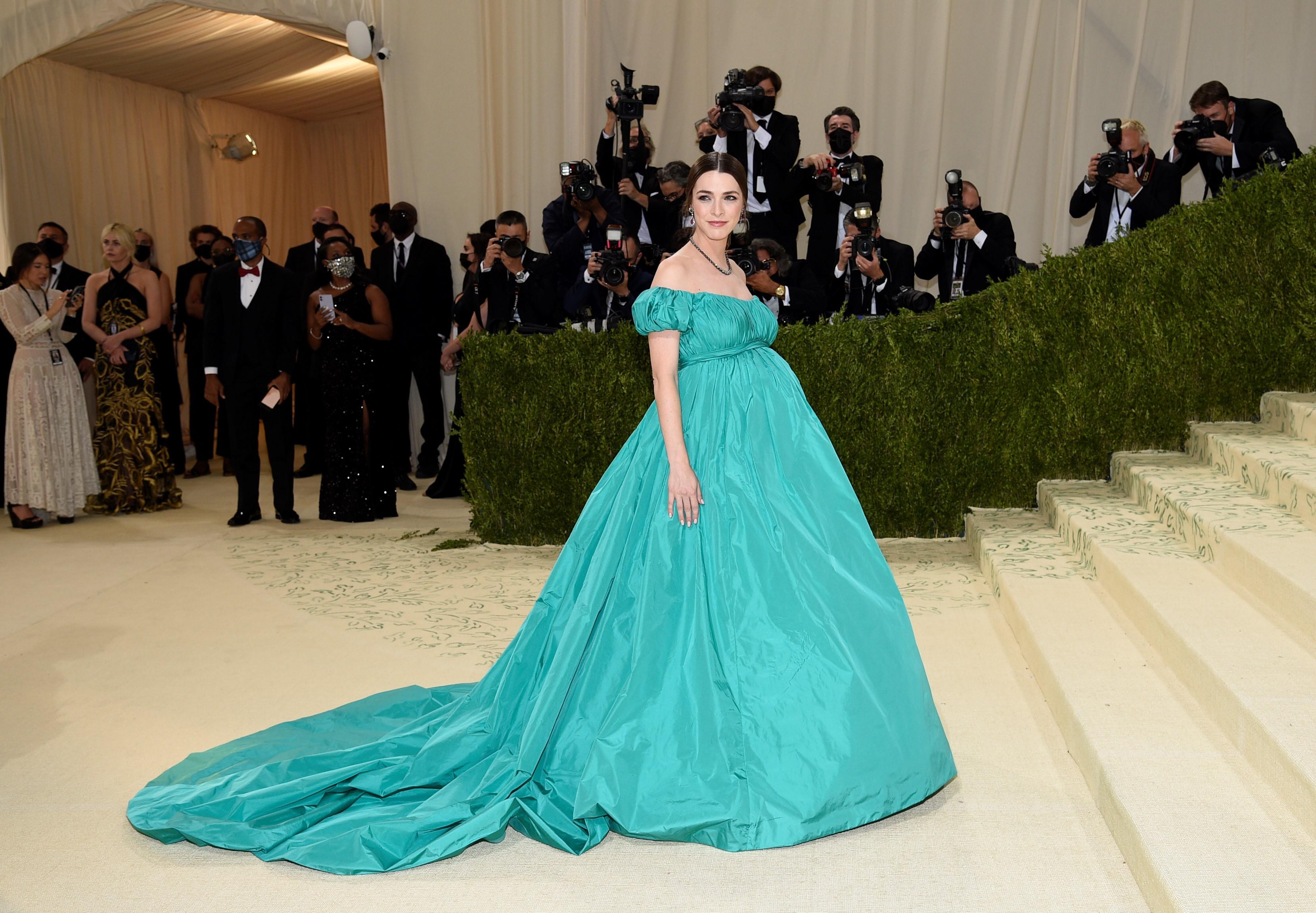 Bee Carrozzini, hija de Anna Wintour, en un vestido de Valentino. (AP)