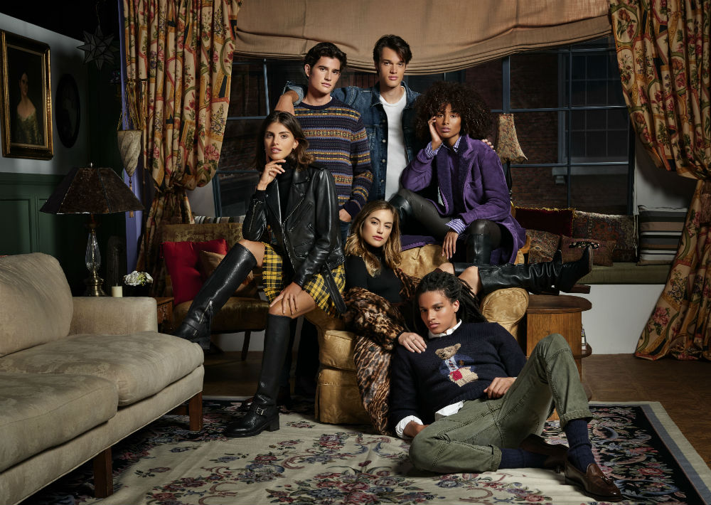 """El diseñador Ralph Lauren se unió con Warner Bros para lanzar una colección llamada """"Ralph Lauren x Friends"""". (Suministrada/ Ralph Lauren)"""