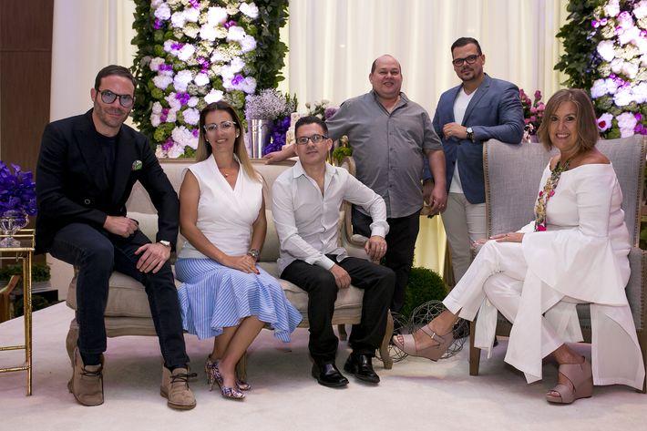 Emilio Olabarrieta, Mara Torres, Efraín y Norberto de Mosaico, Jaasiel Pacheco y Annmarie Kleis, en la Festa di Primavera llevada a cabo en El San Juan Hotel.