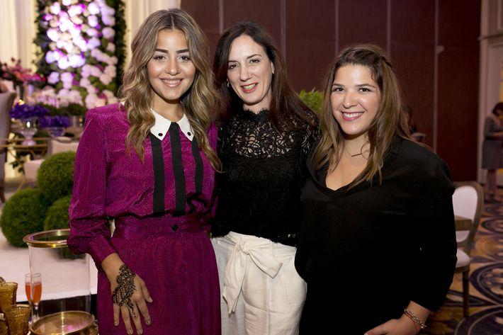 Alexandra Rodríguez, Maritere Ramos y María Victoria Dolagaray, en la Festa di Primavera llevada a cabo en El San Juan Hotel.