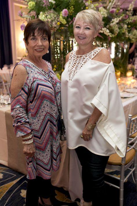 Blanquita Rivera Bou y Zoe Mercado, en la Festa di Primavera llevada a cabo en El San Juan Hotel.
