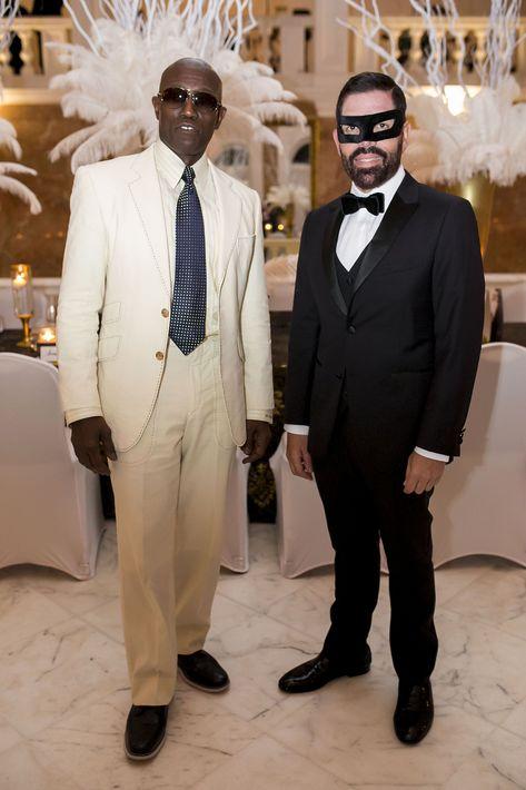 Wesley Snipes, invitado especial de la noche y Carlos Bermúdez, presidente de San Juan Moda. Foto Xavier García