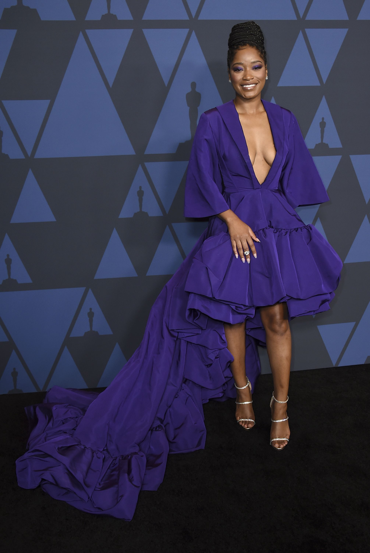 "Keke Palmer con un vestido ""high/low""violeta de Christian Siriano en la alfombra negra del Governor Ball 2019. Foto Jordan Strauss/Invision/AP"