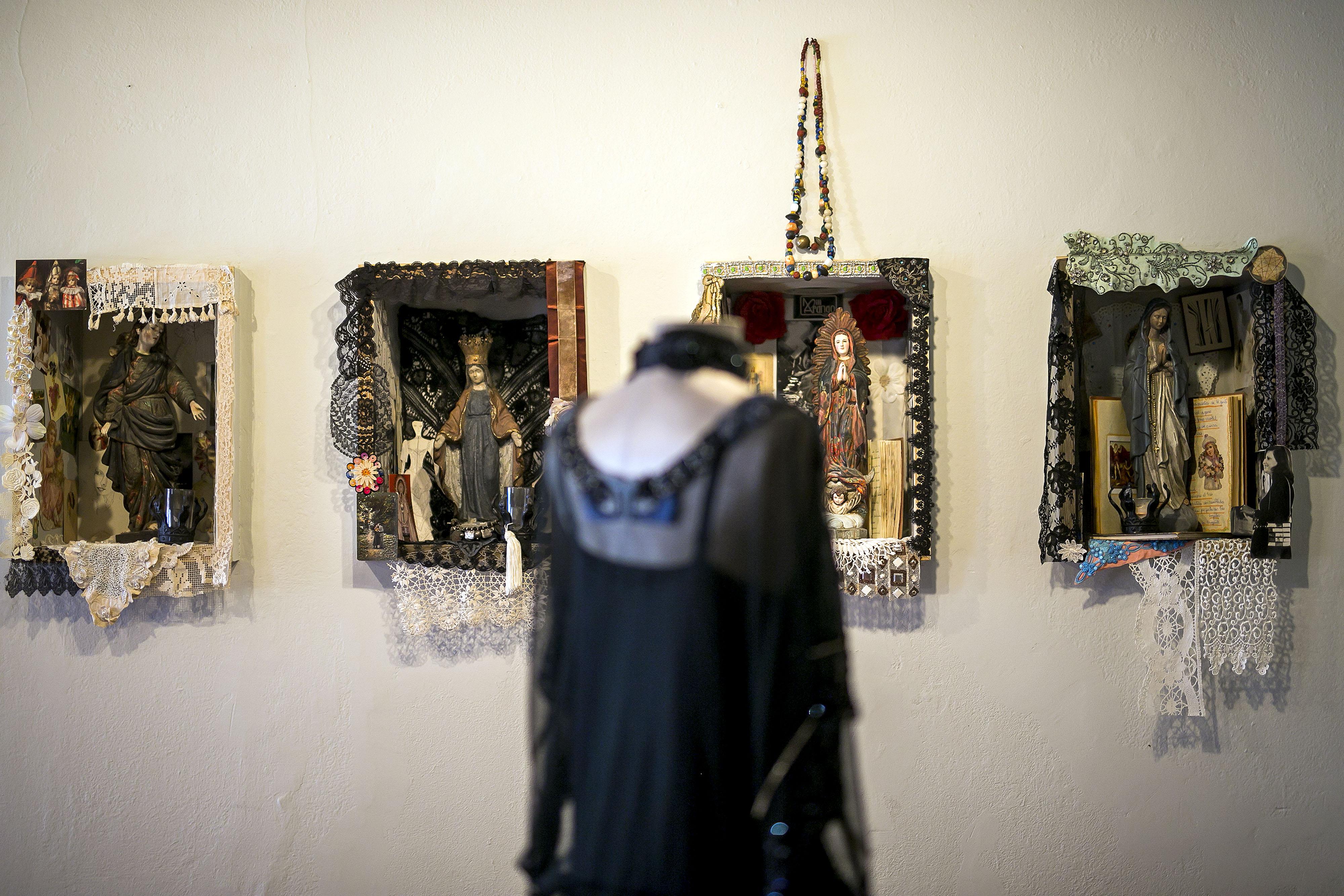 La moda y el arte fueron dos de las grandes pasiones de Arango, lo que es palpable en la exhibición. (Foto: Xavier García)