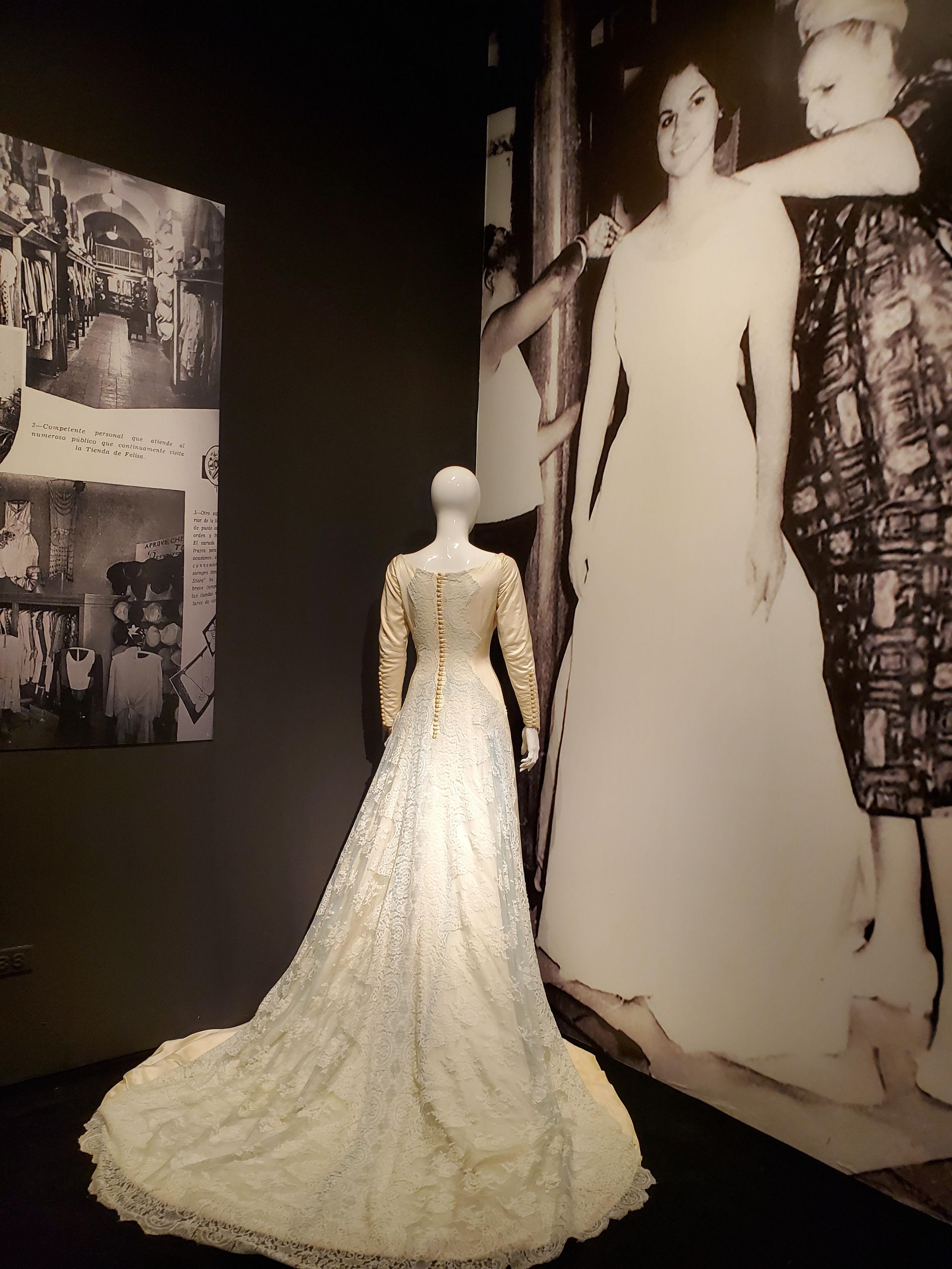 Vestido de novia confeccionado por Felisa Rincón de Gautier para Celia Elvira Clausells Gautier.