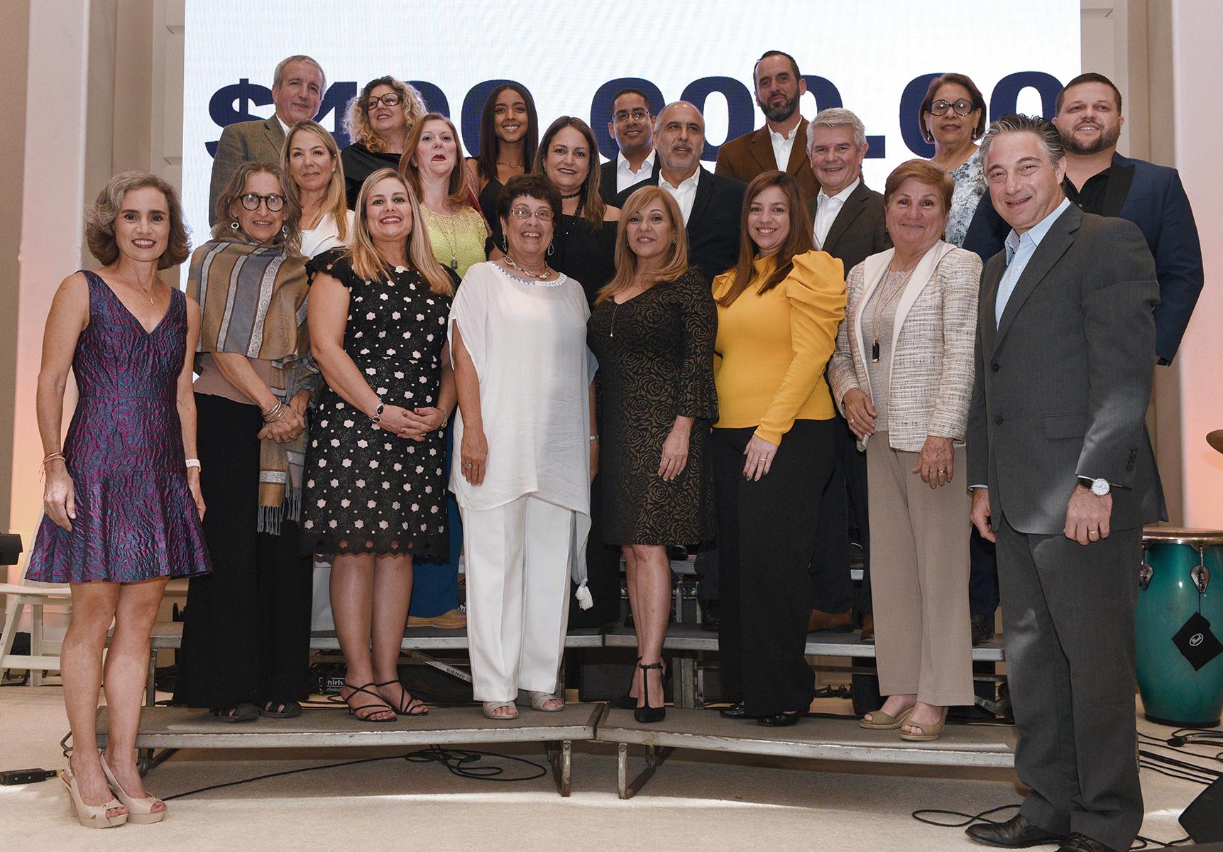 El grupo de los representantes de las 18 fundaciones que ayuda la Liberty Foundation. (Fotos: Ingrid Torres)