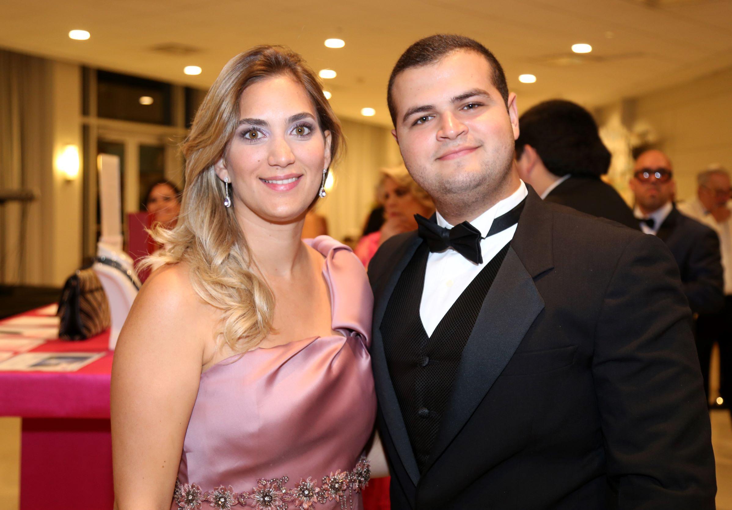 Camille y Luis Carreras (Nichole Saldarriaga)