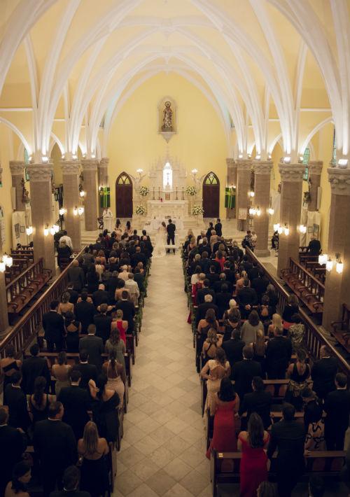 Ceremonia: Capilla Mayor del Sagrado Corazón