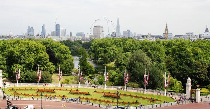 St. James Park,  desde donde se ve gran parte del Londres más turístico.