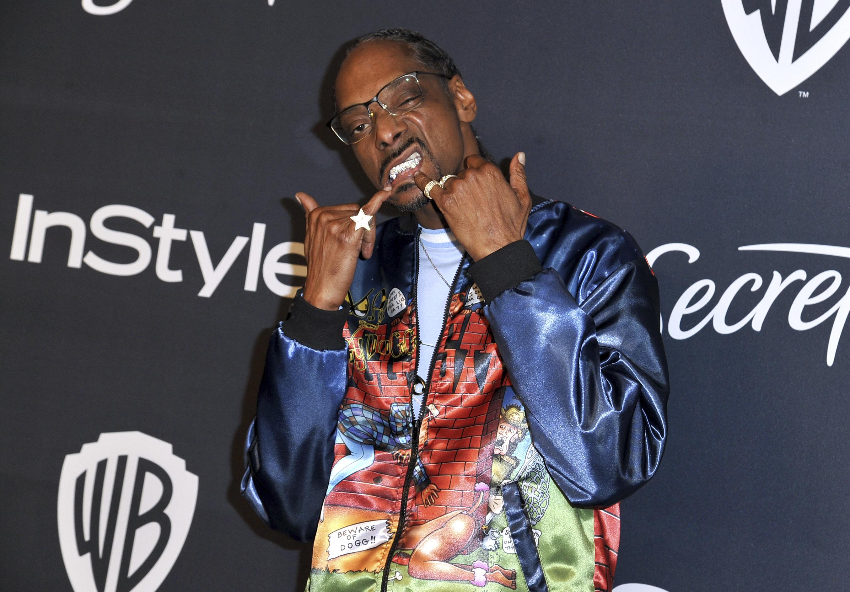 El rapero Snoop Dogg fue uno de los asistentes en la fiesta de InStyle & Warner Bros..(Richard Shotwell/Invision/AP)
