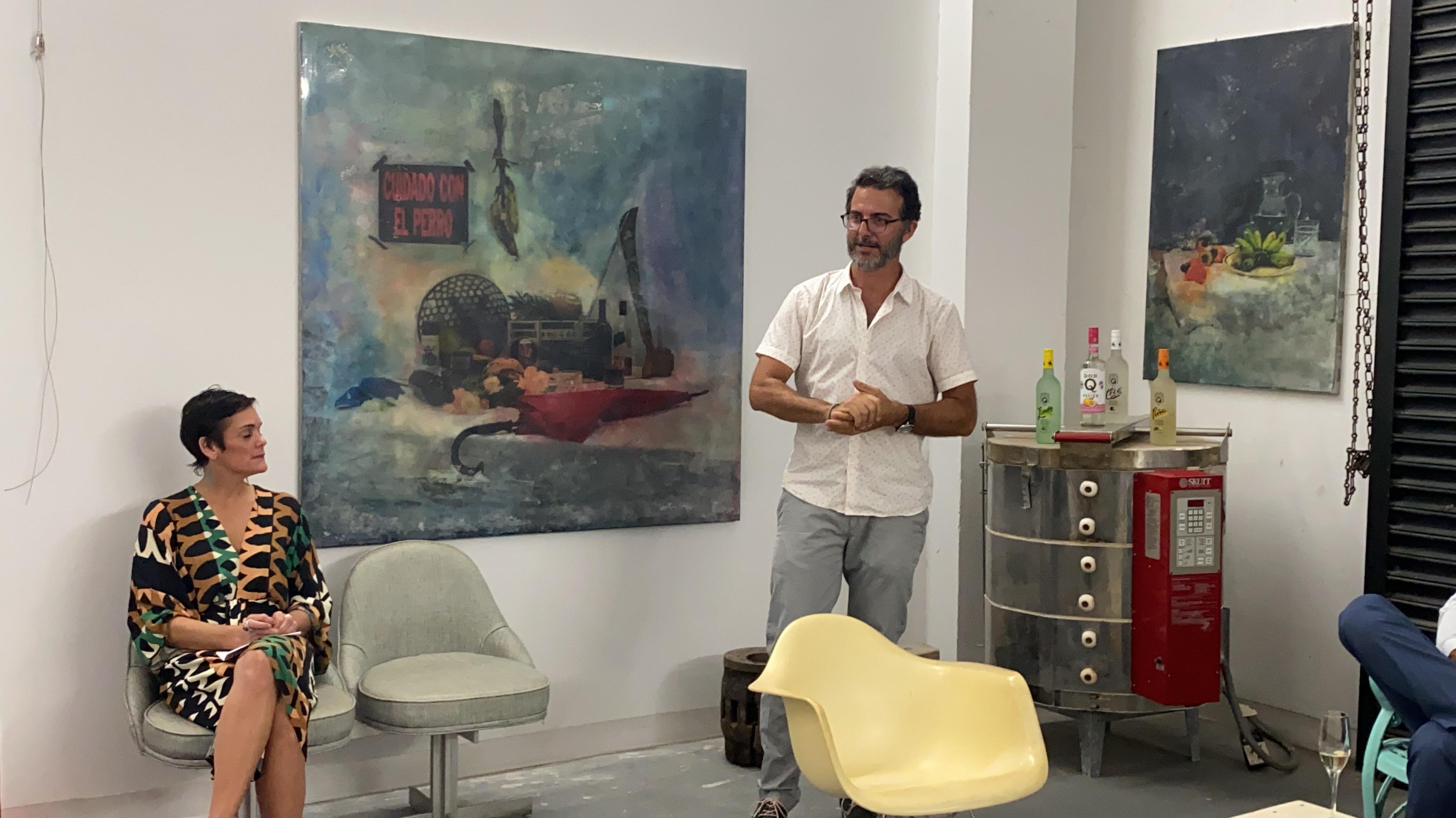 The ARTstudio DINING SERIES, es parte del proyecto the ART walk una plataforma cultural gestada por la publicista Georgie Vega Porrata- Doria (sentada a la izquierda), junto a Cabrer. Foto suministrada