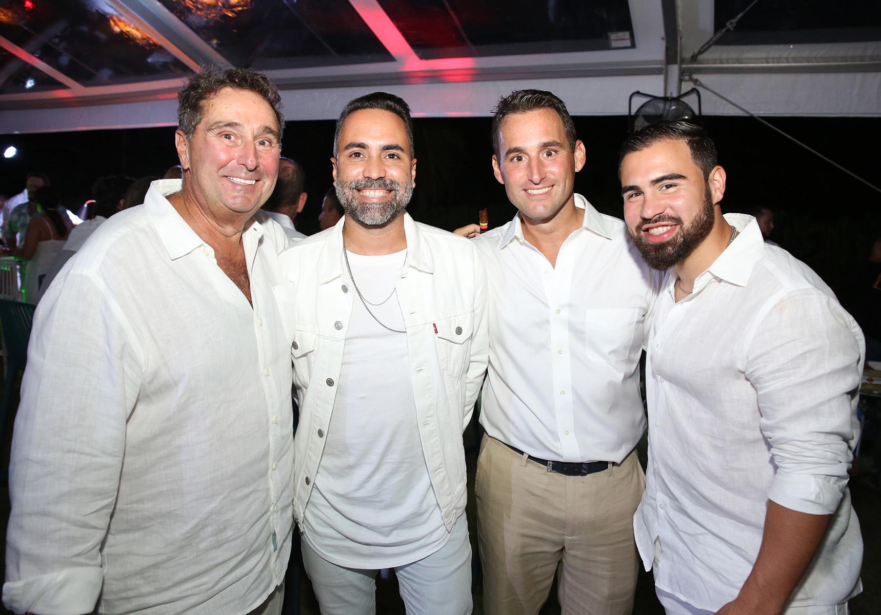 Sil Basile, Jonathan Ocasio, Mike Basile y John Michael Colón. (José R. Pérez Centeno)