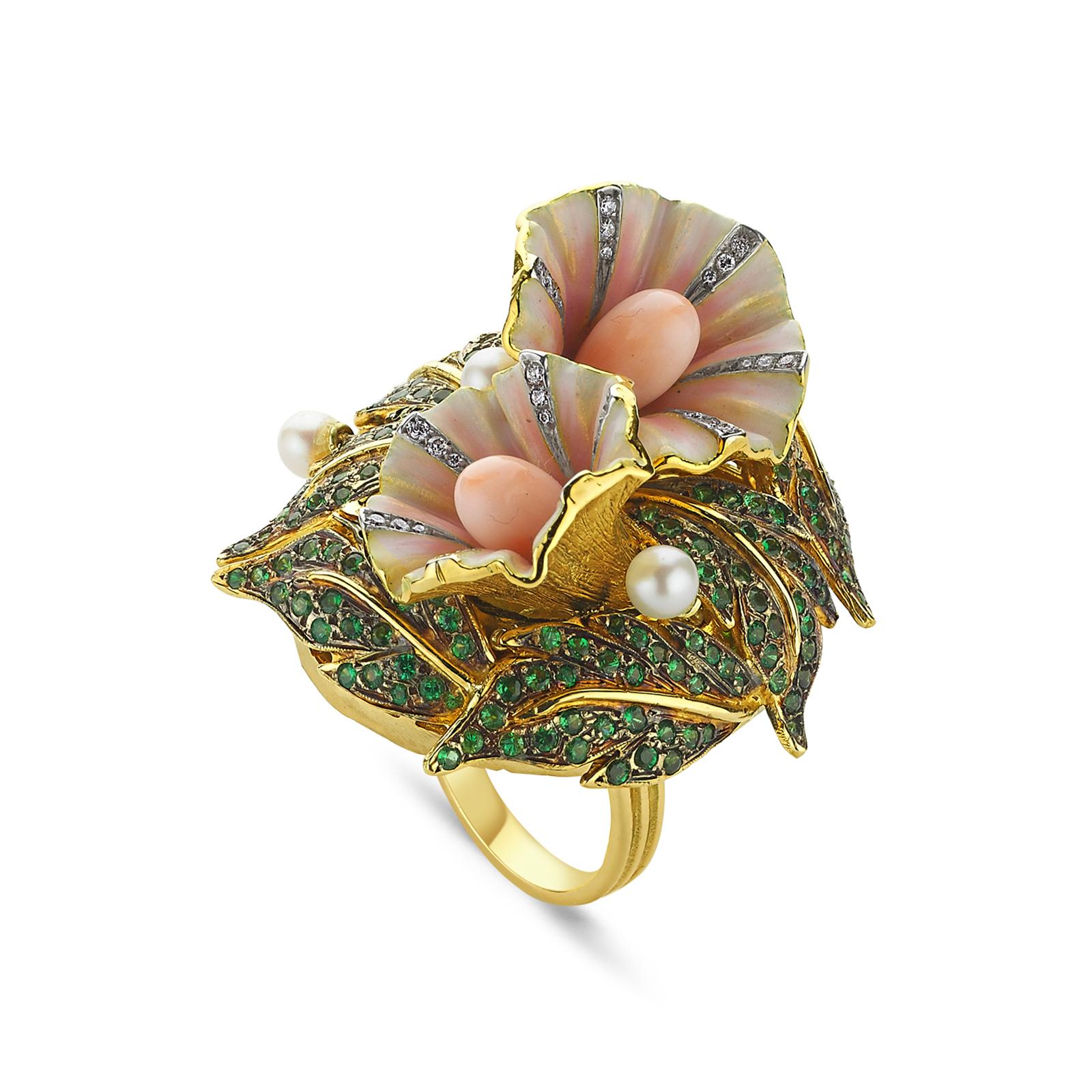 Sortija de Aida Bergsen, exclusiva de Reinhold Jewelers.