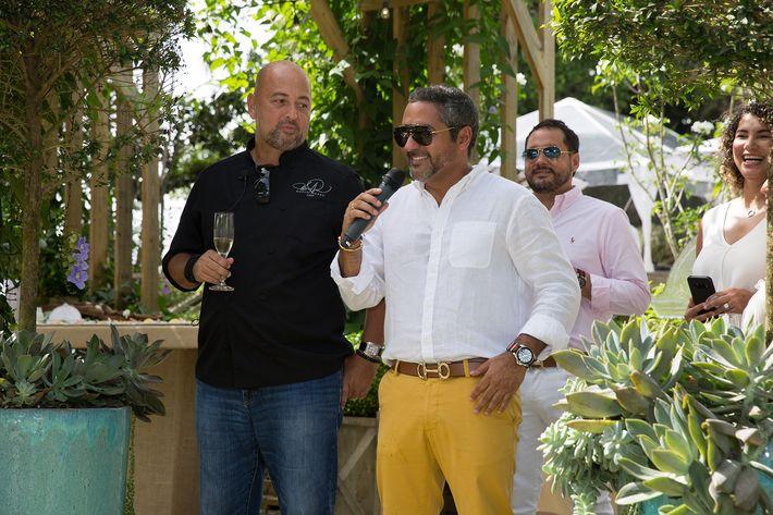 Desde la izquierda, chef Mario Pagán de Alacena, Rafael López de The Lounge y  Javier Martínez de Akua.