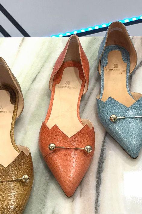 """Si prefieres la comodidad, un par de zapatillas """"flats"""" pueden ser tu salvación. (Foto: WGSN)"""