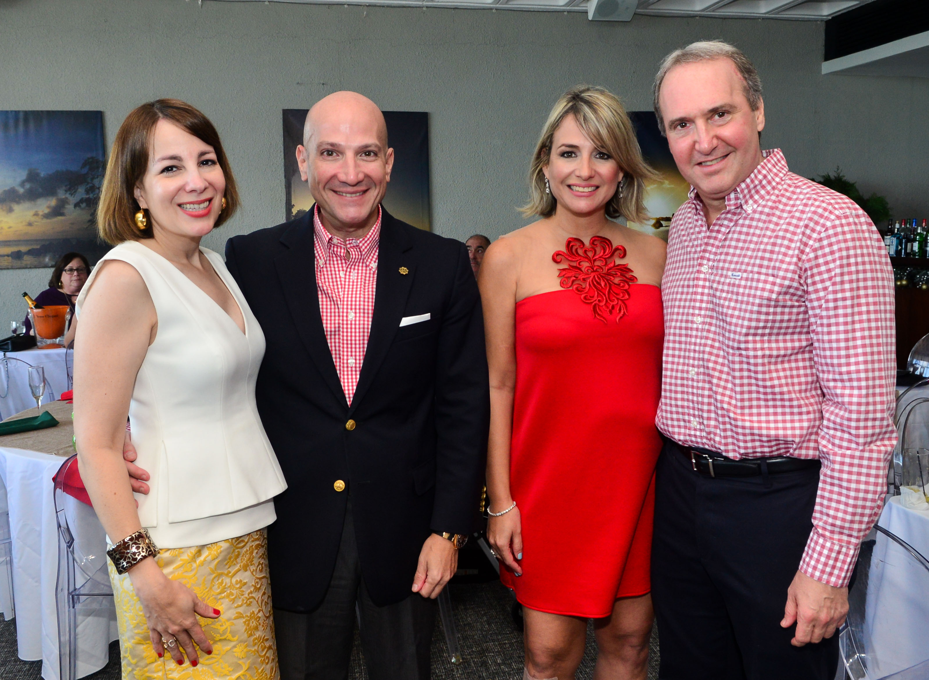 Mardi y Eliseo Roques, junto a Mimi y Alfredo Santaella. Foto Enid M. Salgado Mercado.
