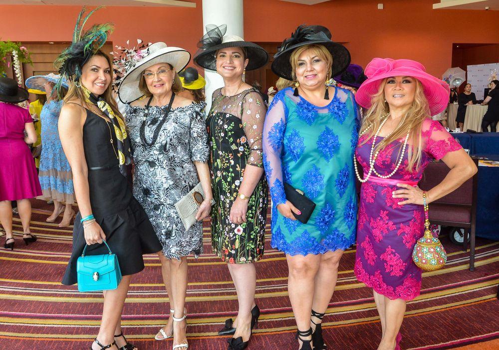 Ana Di Marco, Silma Serra, Lymarie Dontanillas, Lirie Deoyle y Mary Rose Concepción. Foto Enid M. Salgado Mercado.