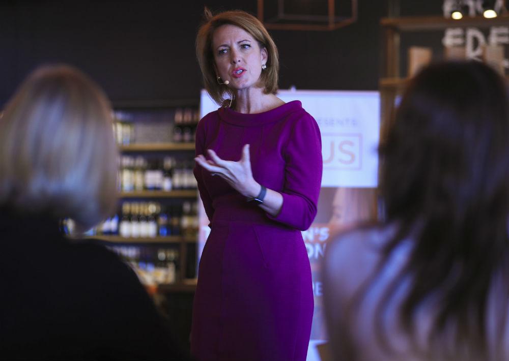 """Whitney Johnson es CEO y fundadora de WLJ Advisors, LLC, además de autora de los libros """"Disrupt Yourself: Putting the Power of Disruptive Innovation to Work"""" y """"Dare, Dream, Do: Remarkable Things Happen When You Dare to Dream"""". (Foto: Teresa Canino)"""