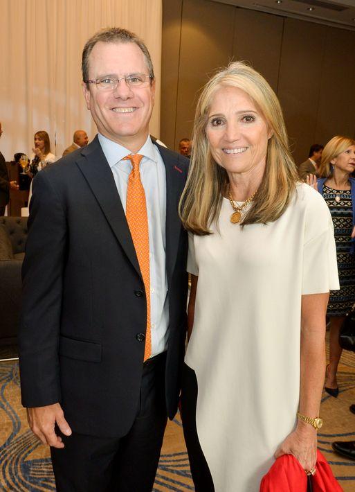 Tony Casellas e Ileana Bachman