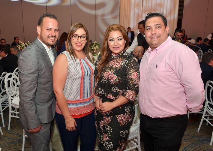 Ramón Rivera, Keila Hernández, Yamilet González y Ramón Méndez