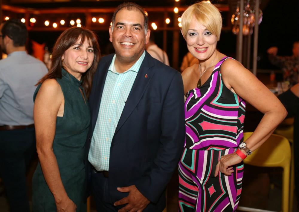 Marisol Acevedo, Freddy Hernández y Brenda Pizarro. (Foto: José R. Pérez Centeno)