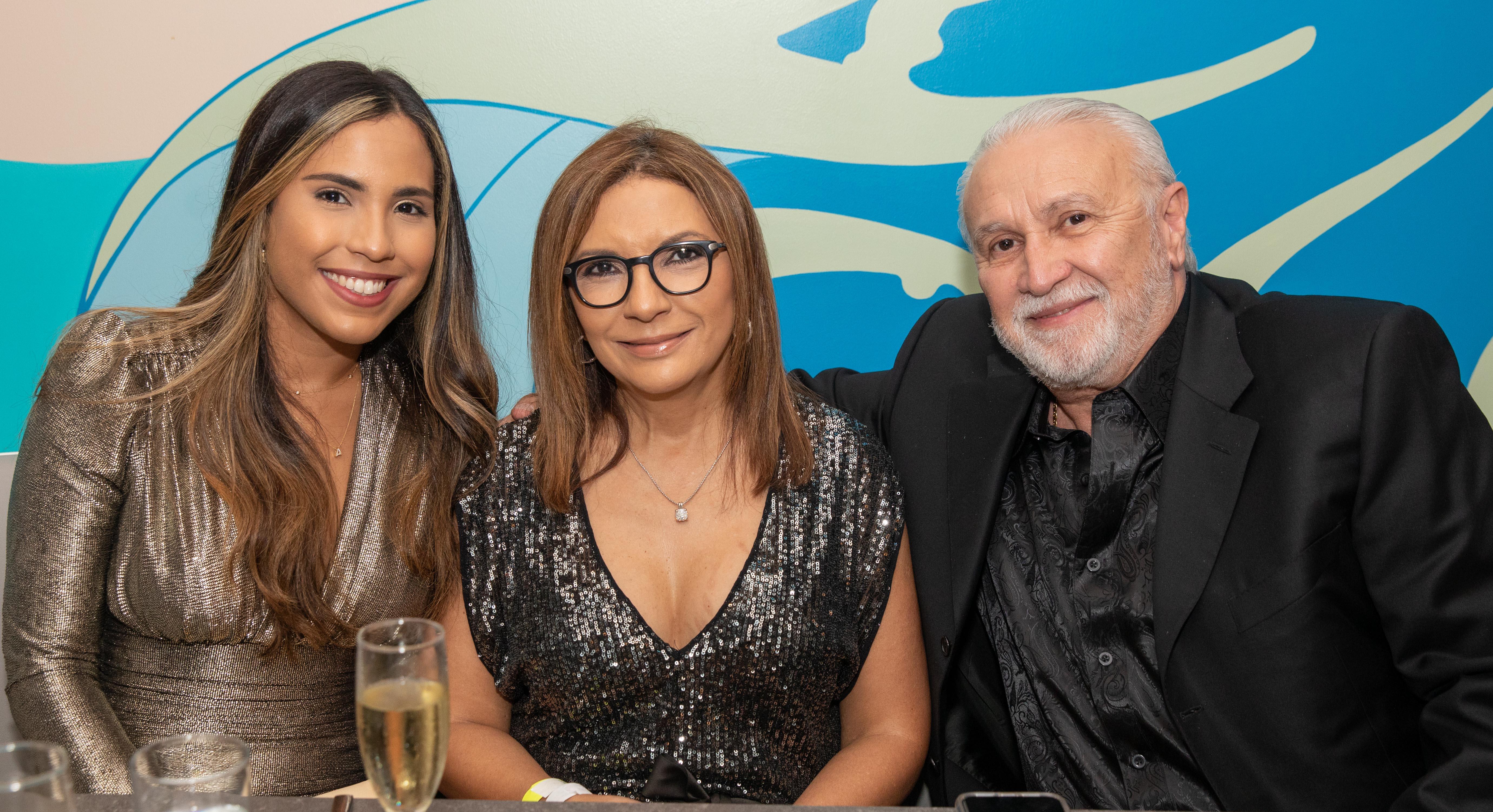 Antonella Rodriguez, Lic. Sonia Santana y Carlos Montañez. (Suministrada)