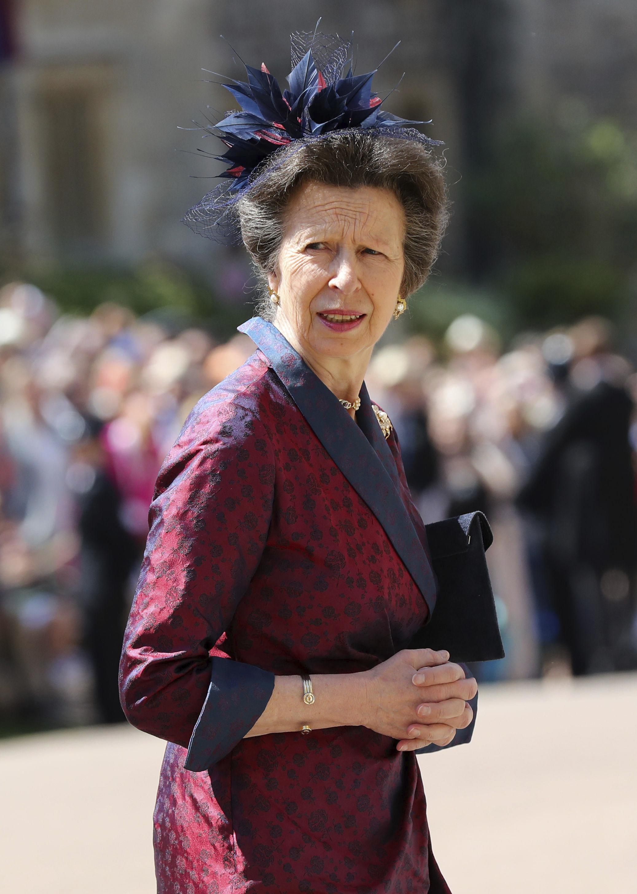 La princesa Anne, a la llega de la boda real. (Foto: AP)